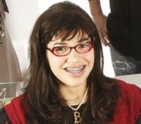 """Ugly Betty"", por el trece, muy pronto"