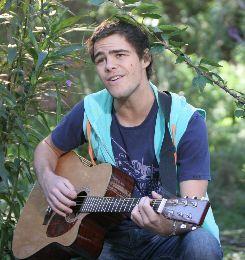 Casi Ángeles - Thiago canta a Nina