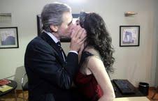 "Lorenzo y Lara se besan en ""Malparida"""