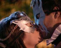 Casi Ángeles - beso de Mar y Thiago