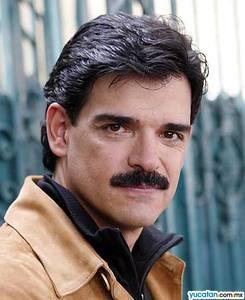 José Angel Llamas cumplió años
