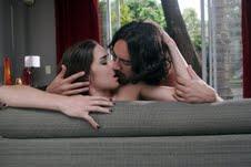 """Lautaro y Renata hacen el amor en """"Malparida"""""""