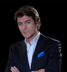 """Gabriel Corrado conduce """"El referí del matrimonio"""""""