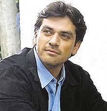 """Jorge Salinas candidato a """"Dos hogares"""""""