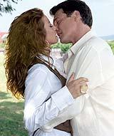 """""""Cuando me enamoro"""" se estrena por Univisión"""