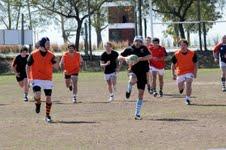 """""""Los Únicos"""" se convierten en jugadores de rugby"""