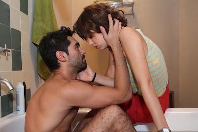 """Lucas y Ana cada vez más cerca en """"Lobo"""""""