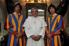 """""""Los Únicos"""" deben enfrentar una difícil misión en el Vaticano"""