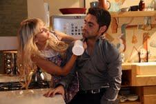 "Lucas le confiesa a Vicky en ""Lobo"""