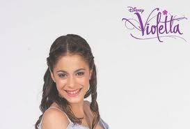 "Disney Channel Latinoamérica  estrenó ""Violetta"""