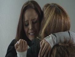 """Martín atenta contra su mamá en """"La traicionera"""""""